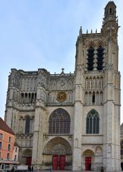 1 st florentin et cathedrale sens 3