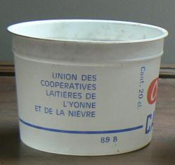 Pot fromage blanc et creme cadet roussel 89b 8